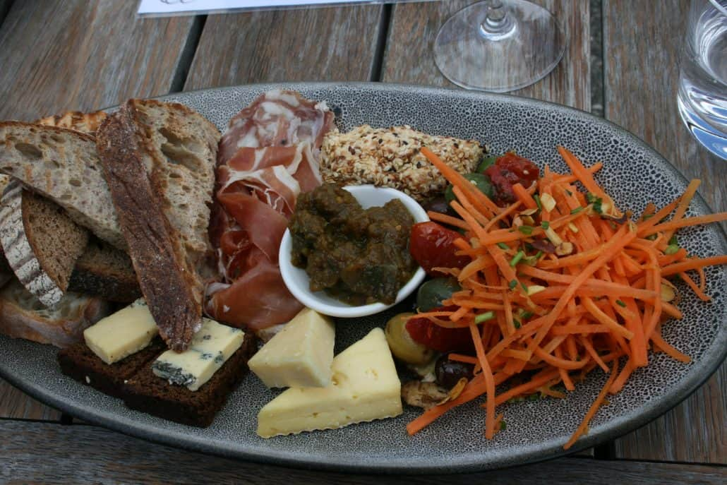vineyard-platter-ginger-bread-with-blue-cheese-salmon-creram-cheese-pate-and-cured-meats